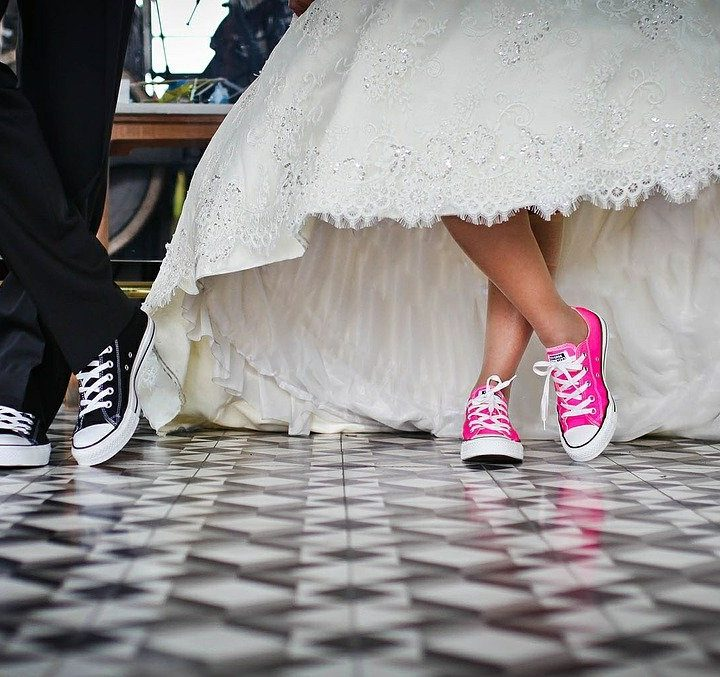 Lockdown Lovers: How to Celebrate Your Wedding at Home