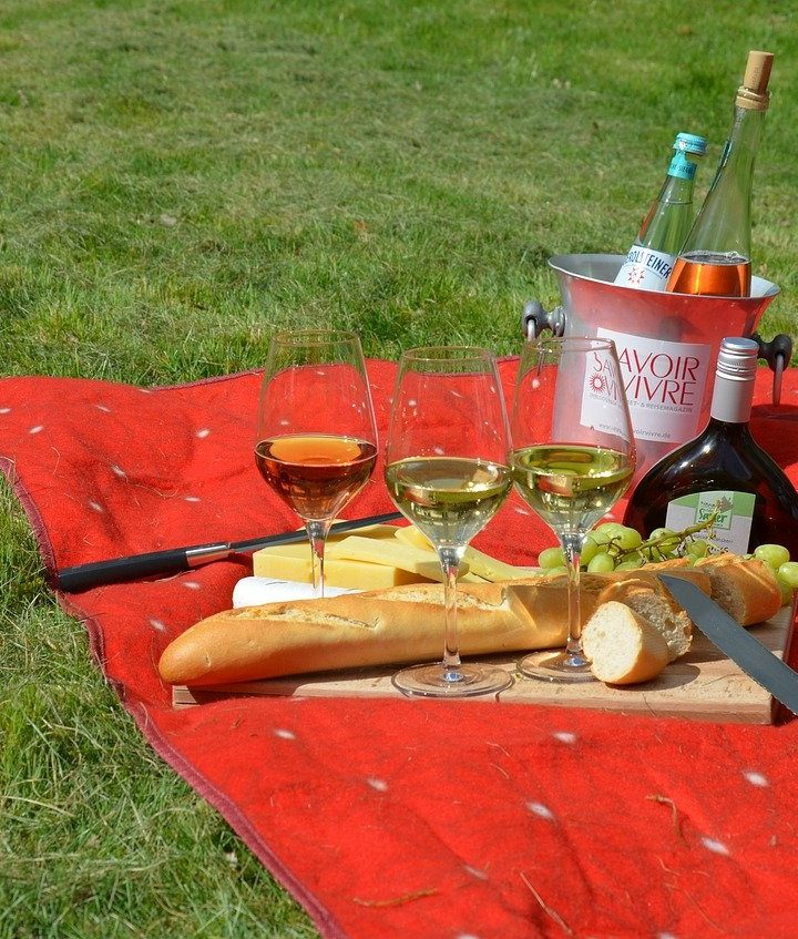 The Non-Traditional Picnic: How to Create the 'Not Your Normal' Picnic